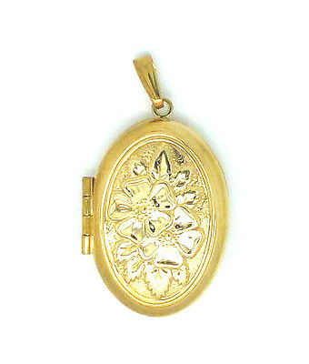 9ct Gold Locket with embossed floral bouquet.