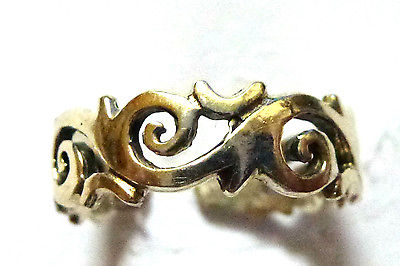 Sterling Silver Swirly Curly Patterned Toe Ring                             8730